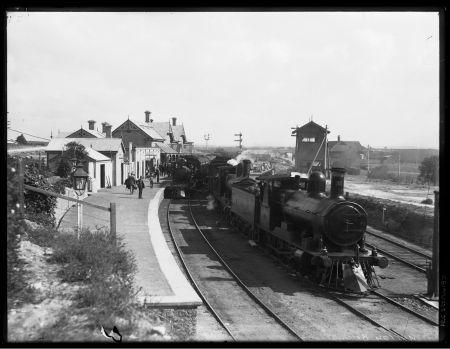 Murray Bridge Railway Station c.1898 PRG 327/24/97