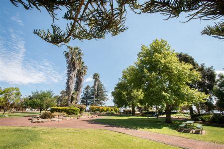 Diamond Park Gardens
