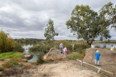 Swanport Reserve