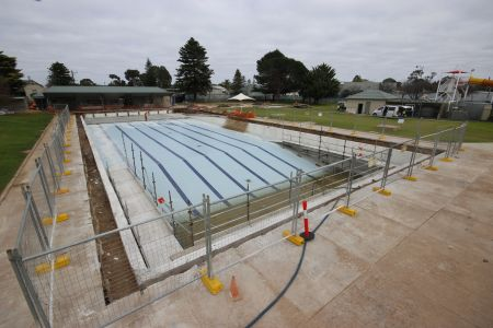 MB Swimming Centre Upgrade Timelapse 25 May 2020